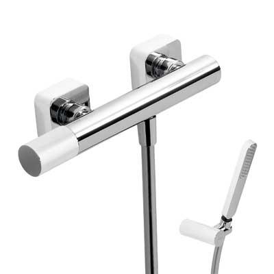 Sprchová baterie Ruční sprcha s nastavitelným držákem, proti usaz. vod. kamene. Flexi hadi (20016701BL) Tres