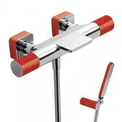 TRES - Termostatická baterie pro vanu-sprchus kaskádou. Ruční sprcha snastavitelným držákem, proti usaz. vod. kamene a flexi  (20017409RO)