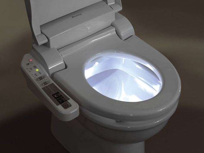 Elektronické bidety do každé domácnosti aneb voda nebo papír?