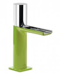 TRES - Jednopáková umyvadlová baterie ramínko s otevřeným vodopádem. POZNÁMKA: Baterie typu vodopádu je doplněna dvěma regulačn (20011002VE)
